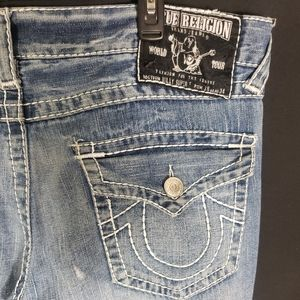 True Religion Distressed Blue Jeans Mens 38x32